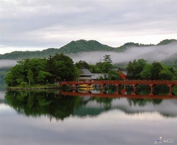 Akagi Shrine Gunma (Image; ©JNTO)