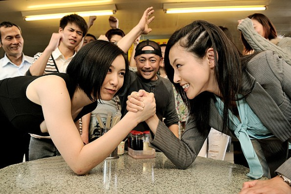 Nagasawa and Kinoshita in Travelers Police Dimension