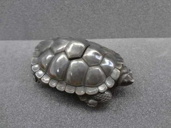 Turtle, silver, by Kikugawa, late 1800s (photograph by kind permission of the British Museum)