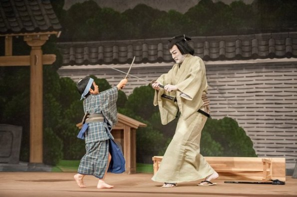 "Abe Soma and Nakamura Shido in a scene from ""Kaidan Chibusa no Enoki"" (© Stephanie Berger)"